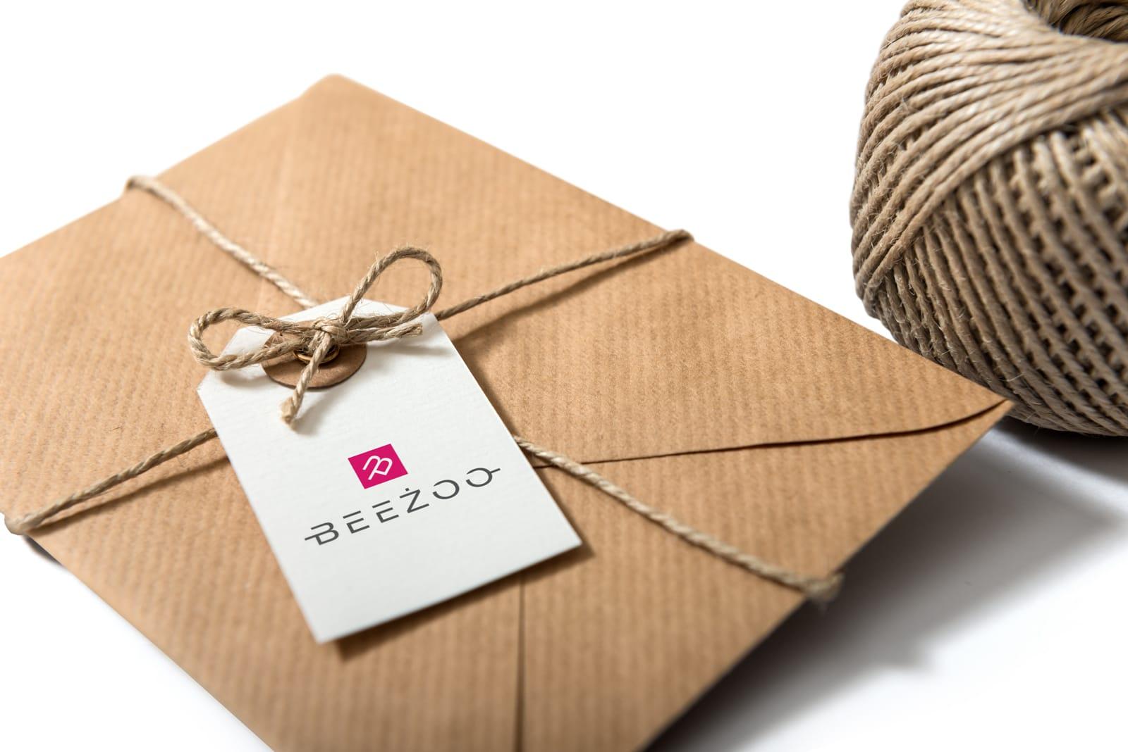 Beeżoo projektowanie logo firmowych identyfikacje wizualne Agencja brandingowa Moweli Creative