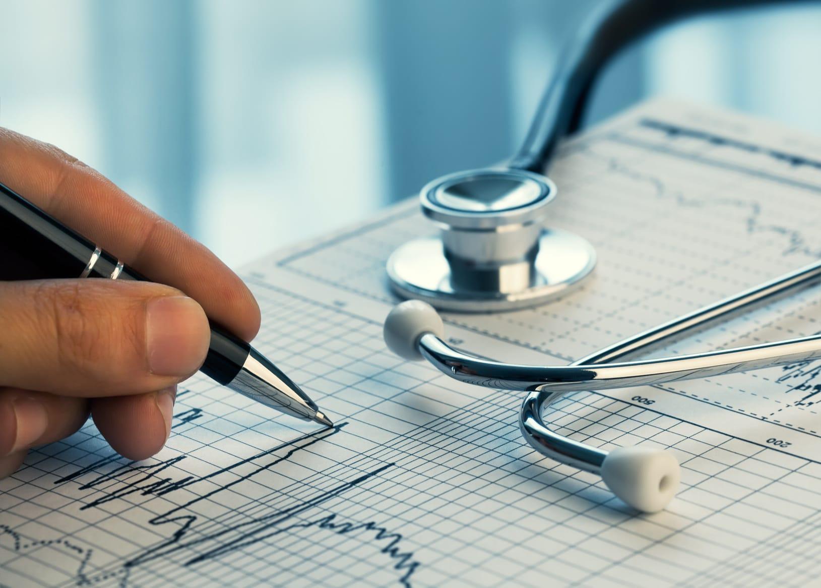 Biuro Opinii Medycznych zestaw brandingowy, logo firmowe, teczki reklamowe, broszury informacyjne, facebook