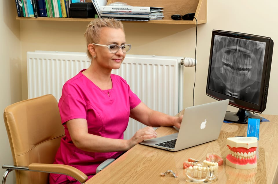 prodent-myslowice-stomatologia-implanty-dr-izabela-swiech