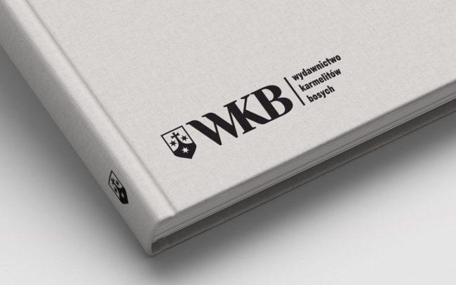 WKB Wydawnictwo Karmelitow Bosych rebranding logo firmowego projekty logo firmy rewitalizacja identyfikacje wizualne branding Agencja brandingowa Moweli Creative Dąbrowa Górnicza Warszawa